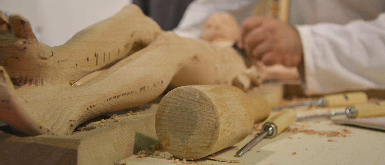 Abbiamo appreso le nostre conoscenze in bottega grazie a maestri artigiani